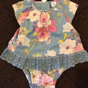 NWT Baby Gap 2 piece summer outfit